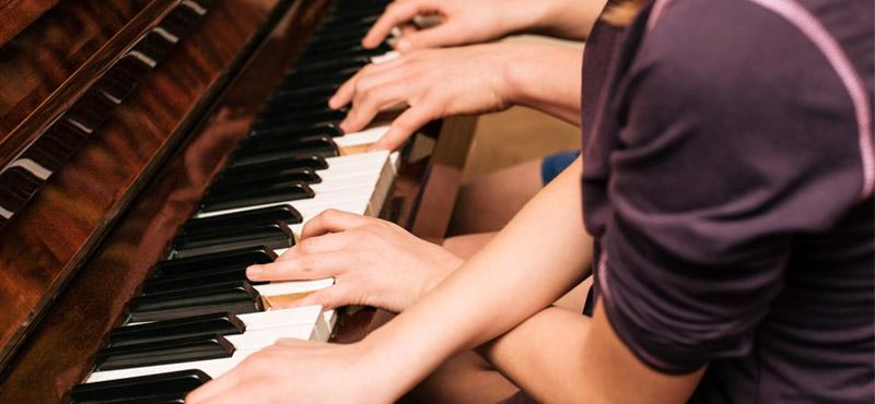 pianoforte maestro collaboratore e sostituto