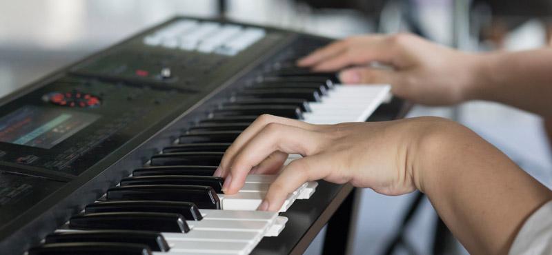 PIano-tastiere-pop